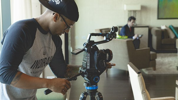 5 Reasons Why Using Videos in Book Marketing Can Increase Sales