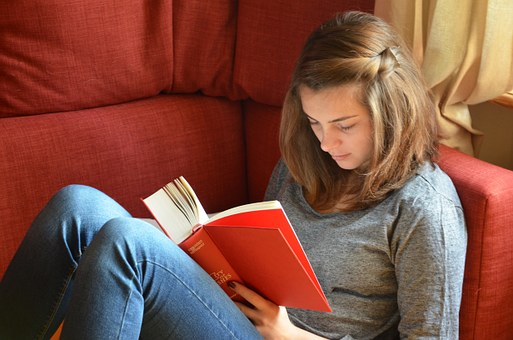 Books For Teens: Ways to Garner a Love of Literature Among Teens