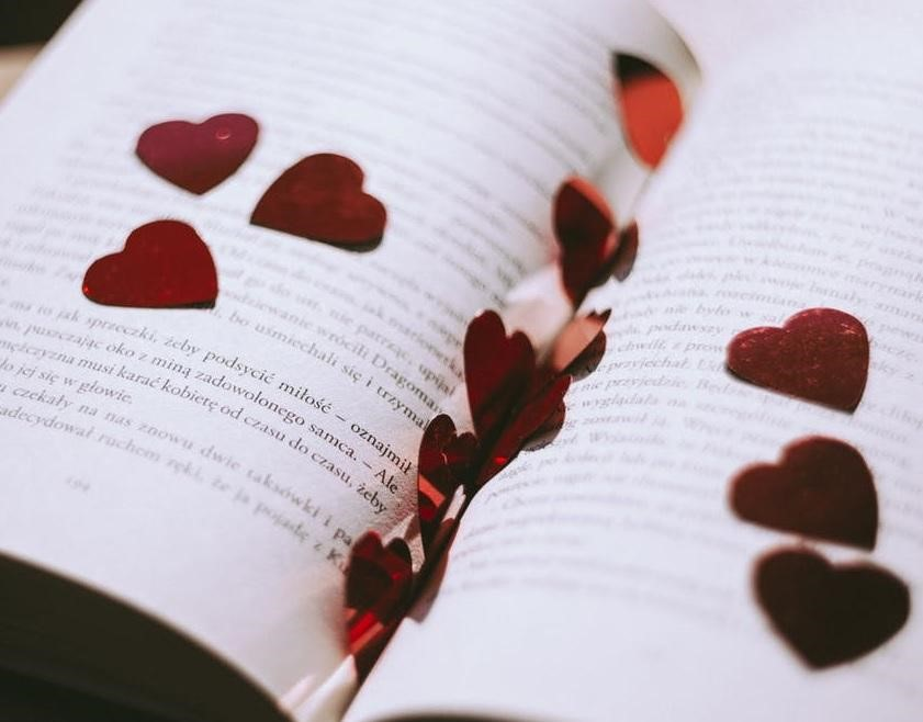 Tips for Writing a Good Romance Novel