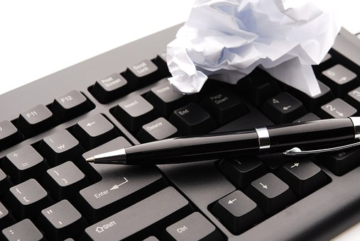 3 Pitfalls to Avoid While Writing a Book