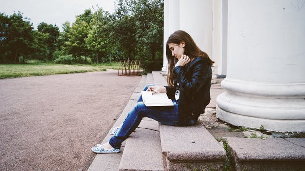 Writing Young Adult Fiction – 5 Characters to Put in Your Story
