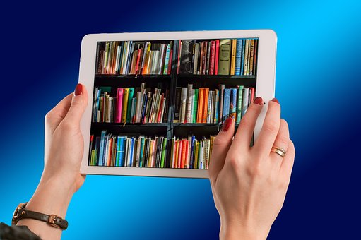 Should You Buy Books Online? The Advantages and Disadvantages
